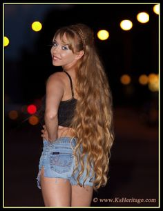 Marvelous classic length thick blonde waves...envy envy