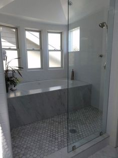Unique bathtub shower combo ideas for Modern Homes modernhomelayout. Unique Bathtub Shower Combo Ideas for Modern Homes, Bathtub Shower Combo, Bathroom Tub Shower, Master Bathroom, Navy Bathroom, Silver Bathroom, 1950s Bathroom, Master Baths, Shower Floor, Bath Tubs
