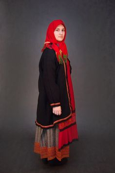 Традиционный костюм Богородицкого уезда Тульской губернии, конец 19-го — начало 20-го вв. Коллекция И. Климова (http://vk.com/id112716653), фотограф Т. Давыдова (http://vk.com/davydova_foto).