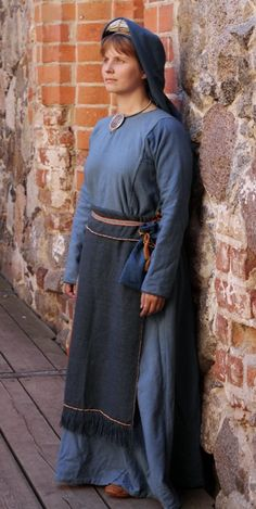 Viking Garb, Viking Costume, Folk Costume, Costumes, Iron Age, Larp, Early Middle Ages, Medieval Clothing, Historical Costume