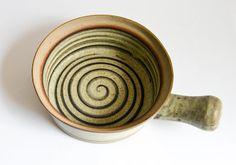 Retro Pottery Net: Tremar Pottery - Cornwall U.K. - Pottery for Hobbits!