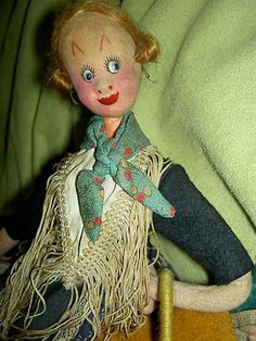 Vintage cloth (F) KLUMPE & ROLDAN caricature doll w/market basket, hen etc.