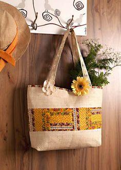 Neste post você vai aprender como fazer um bolsa linda para curtir o verão. Fique ligadinha no passo