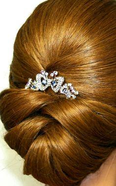Nice wedding hairstyle !!!