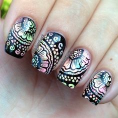 Zentangle black and white nails, # zentangle nail art, zentangle / indian design nails Fabulous Nails, Gorgeous Nails, Pretty Nails, Amazing Nails, Fancy Nails, Love Nails, My Nails, Beautiful Nail Designs, Cool Nail Designs