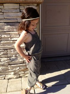 Toddler Fashion! #saltwatersandals #gold #simply beautiful