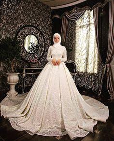Muslim Wedding Gown, Hijabi Wedding, Wedding Hijab Styles, Muslimah Wedding Dress, Muslim Wedding Dresses, Disney Wedding Dresses, Princess Wedding Dresses, Bridal Dresses, Gown Wedding