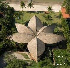 Leaf House in Brazil designed by Mareines + Patalano Arquitetura