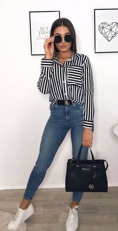 45 Fantastic spring outfits that you should definitely buy / 027 # Spring Visit the post for more. - 45 Fantastic spring outfits that you should definitely buy / 027 # Spring Crop Top Outfits, Casual Work Outfits, Cute Summer Outfits, Mode Outfits, Simple Outfits, Chic Outfits, Spring Outfits, Fashion Outfits, Womens Fashion