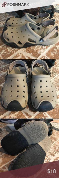 Summer time‼️ crocs for man size 10 🌞🌞🌞 CROCS Shoes