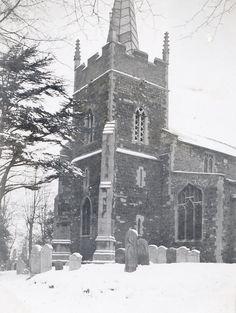 St Edmund's church, Downham Market, Norfolk during the winter of 1939-40. Downham Market, Norfolk: Where the Dalston County Secondary Grammar School for Girls, Hackney, London were evacuated in WW2.
