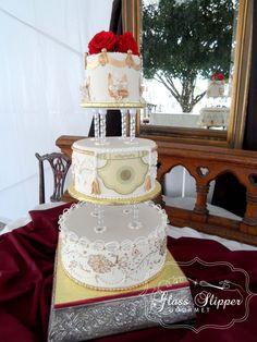 Indian themed wedding cake by Glass Slipper Gourmet #indianwedding #ediblegold