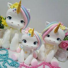 E a família cresceu #biscuit #porcelanafria #artesanato #feitoamao #unicornioparty #unicornio #festaunicornio #enfeiteunicornio
