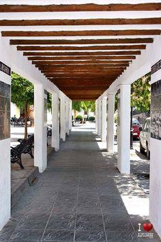 Plaza de Órgiva Plaza, Pergola, Outdoor Structures, Houses, Arbors
