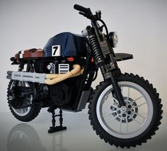 If there is any deficiency in the Lego lineup it is the lack of cool motorcycles. Thankfully we have builders like Stephan Jonsson to fill in the gaps with high quality models. Triumph Scrambler, Scrambler Motorcycle, Lego Motorbike, Lego Structures, Plane Engine, Lego Truck, Amazing Lego Creations, Cafe Racing, Old Motorcycles