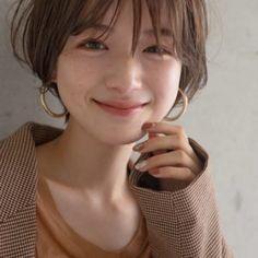 Pretty Girl Face, Hair Images, Androgyny, Hair Day, Korean Girl, Hair Inspiration, Short Hair Styles, Aoyama, Hair Cuts