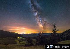Doslova hviezdny záber  iba vychutnávať ... #praveslovenske od @majo_chudy  Kráľova studňa #slovensko #landscape #milkyway #slovakia #nature #velkafatra #nightsky #night #hills #sunrise #trees #forest #sun #stars #star