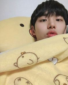 Pentagon Members, Pentagon Hongseok, Boyfriend Material, Cute Guys, Kdrama, My Love, Boys, Boy Groups, Cube