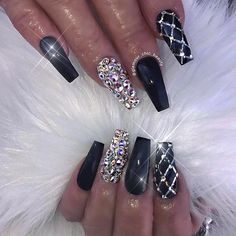 newest coffin nails designs in short coffin nails; a … – Acyrlic Nails Glam Nails, Fancy Nails, Bling Nails, Trendy Nails, Cute Nails, My Nails, Vegas Nails, Beauty Nails, Hair Beauty