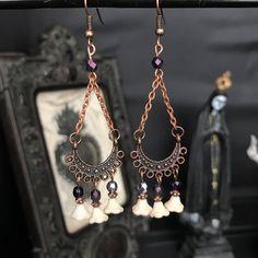 Boucles d'oreille orientales cuivrées romantiques - shabby - baroque par Stormglitter sur Etsy https://www.etsy.com/fr/listing/541873454/boucles-doreille-orientales-cuivrees