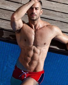 Hot Dads, Guys In Speedos, Do Men, Bear Men, Men Beach, Hommes Sexy, Hot Hunks, Raining Men, Man Swimming