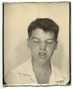 """photobooth ~ """"Who Farted"""" Time Pictures, Old Pictures, Old Photos, Vintage Photographs, Vintage Images, Vintage Pictures, Amelie, Vintage Magazine, Vintage Photo Booths"""