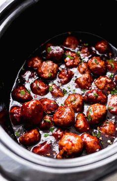 Slow Cooker Honey Chipotle Meatballs – the perfect football food! These meatball… Slow Cooker Honey Chipotle Meatballs – the perfect Honey Chipotle Sauce, Crock Pot Recipes, Slow Cooker Recipes, Cooking Recipes, Meat Recipes, Crock Pots, Healthy Recipes, Slow Cooking, Appetizer Recipes