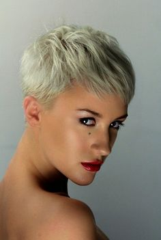natural beauty hair and makeup short hair red lips http://www.katdesouza.com/