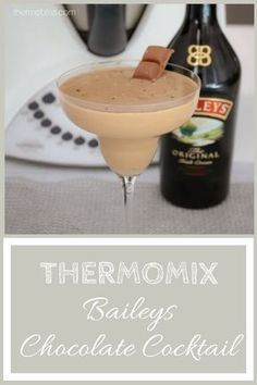 A deliciously creamy Thermomix Chocolate Baileys Cocktail with a hint of coffee. and extra chocolate! Ready in less than 5 minutes! Baileys Cocktails, Chocolate Cocktails, Cocktail Recipes, Cocktail Drinks, Chocolate Baileys, Best Chocolate, Chocolate Recipes, Chocolate Fondue, Deserts