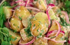 Als je gaat barbecuen zijn de aardappelsalades en stukjes stokbrood niet aan te slapen. Helemaal wanneer je de aardappelsalade zelf...
