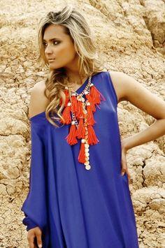 Oasis8 Maxi collar de borlas rojo Alejandra Valdivieso maxinecklace