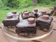 Herkkuja leipomassa: Center-browniet/ Center Brownies Brownies, Kitchen, Desserts, Food, Cake Brownies, Baking Center, Cooking, Deserts, Kitchens
