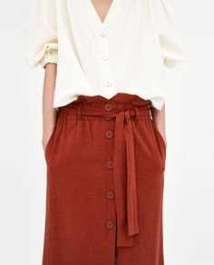Image 6 of LINEN MIDI SKIRT WITH BUTTON FASTENING from Zara