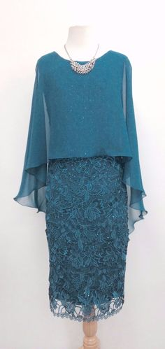 Special Occasion Dress 537