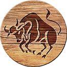 Stiere sind die Gourmets unter den Sternzeichen. Die Venus als zugeordneter Planet verrät uns, dass Stiere auch mit den Augen essen und sowohl das Kochen als auch das Essen zelebrieren. Mehr Astro-Ernährungstipps für Stiere gefällig? Die findet ihr unter: http://www.land-leben.com/unterhaltung/land-leben-astrokueche/stier/
