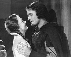 Olivia de Havilland, Errol Flynn.