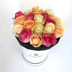 Synonyme de mixité,  notre boîte de mix de roses aux couleurs pastel tient son nom du quartier le plus riche de Bruxelles culturellement parlant, celui où l'on flâne les dimanches, où l'on chine parmi les nombreux antiquaires ou au marché aux puces du jeu de Balle.