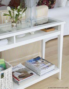 LIATORP konzolni stolić možeš postaviti iza sofe, uza zid ili ga možeš koristiti kao sobnu pregradu i tako urediti prostor u romantičnom i rustikalnom stilu. www.IKEA.hr/LIATORP_konzolni_stolic