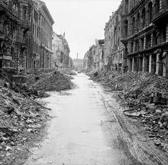 Margini in/versi: Antony Beevor - Berlino 1945. La caduta