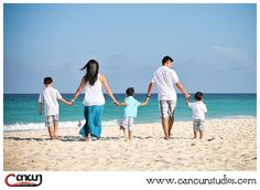 cancun family beach session