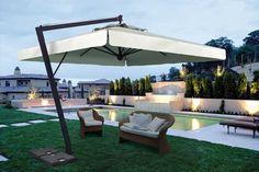 Mesa con sombrilla para terraza Ideas para cafes Pinterest