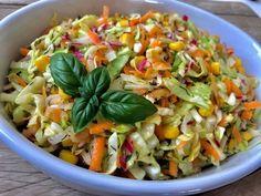 Surówka z młodej kapusty - Blog z apetytem Polish Recipes, Pasta Salad, Grilling, Food And Drink, Chicken, Vegetables, Cooking, Ethnic Recipes, Bbq Food
