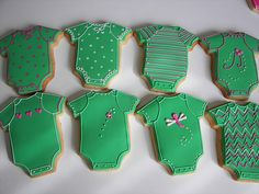 cookies for baby shower Onesie Cookies, Baby Cookies, Baby Shower Cookies, Chicken N Dumplings, Mouth Watering Food, Cookie Icing, Shower Cakes, Baby Cards, Cookie Decorating