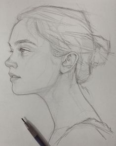 Sketch girl face, person sketch, woman sketch, woman drawing, art tip Portrait Sketches, Drawing Sketches, Cool Drawings, Pencil Drawings, Sketching, Drawing Ideas, Face Pencil Drawing, Pencil Portrait Drawing, Drawing Faces