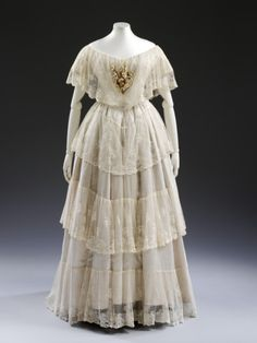 Wedding Dress1848The Victoria & Albert Museum