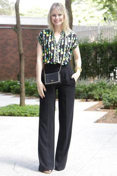 Mulheres com quadril largo e coxas grossas sabem que não é nada fácil montar looks que valorizem a silhueta, sem destacar essas regiões, não é verdade...