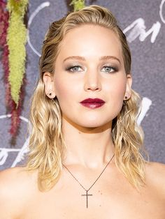 Jennifer Lawrence attends the French Premiere of 'mother!' at Cinema UGC Normandie on September 7, 2017 in Paris, France.