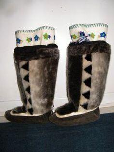 Inuit women's sealskin kamiks by Julia Tautuajuk
