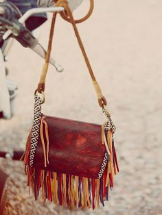 This really made my Coachella outfit pop.  This #FreePeople Foreverly Bag is the perfect addition.  #TreatYourself #StyleAndPanache