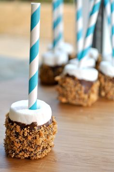 Carina-Bean is Gluten Free!: S'mores Marshmallow Pops